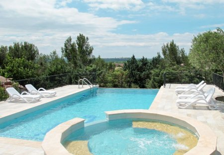 House in Saint-Hilaire-d'Ozilhan, the South of France