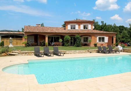 Villa in Saint-Julien (Brignoles), the South of France