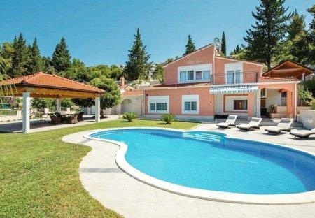 Villa in Peračko Blato, Croatia