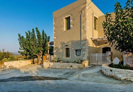 Villa in Georgioupolis, Crete