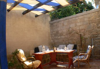 2 bedroom House for rent in Rhodes Old Town