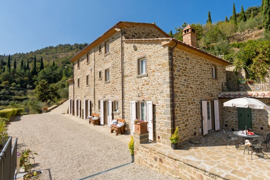 Farm house in Italy, Cortona