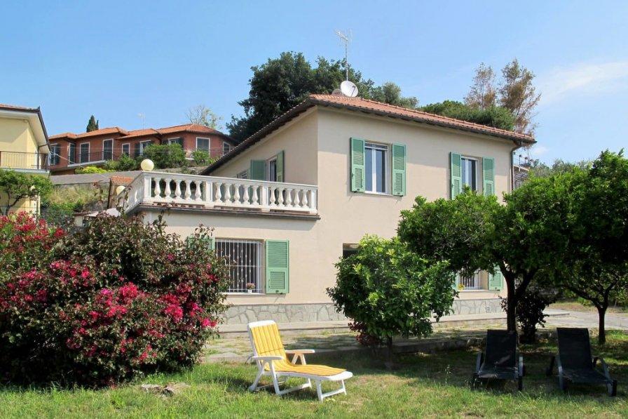 Apartment in Italy, San Bartolomeo al Mare