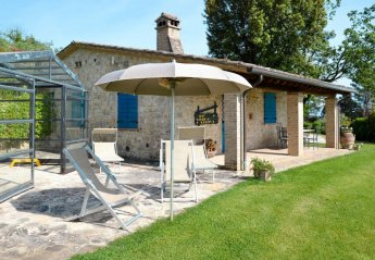 3 bedroom Villa for rent in Collazzone