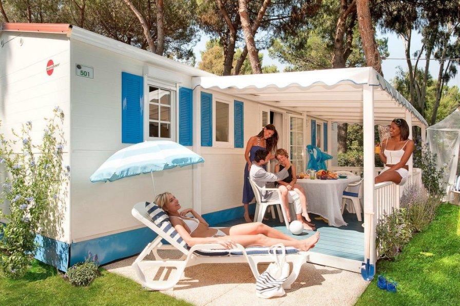 Camping Village Baia Domizia (BDO122)