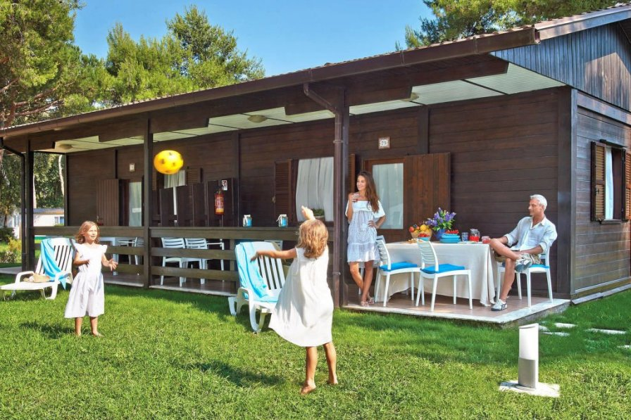Camping Village Baia Domizia (BDO123)