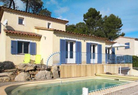 Villa in Sillans-la-Cascade, the South of France