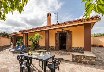 2 bedroom Villa for rent in Alghero