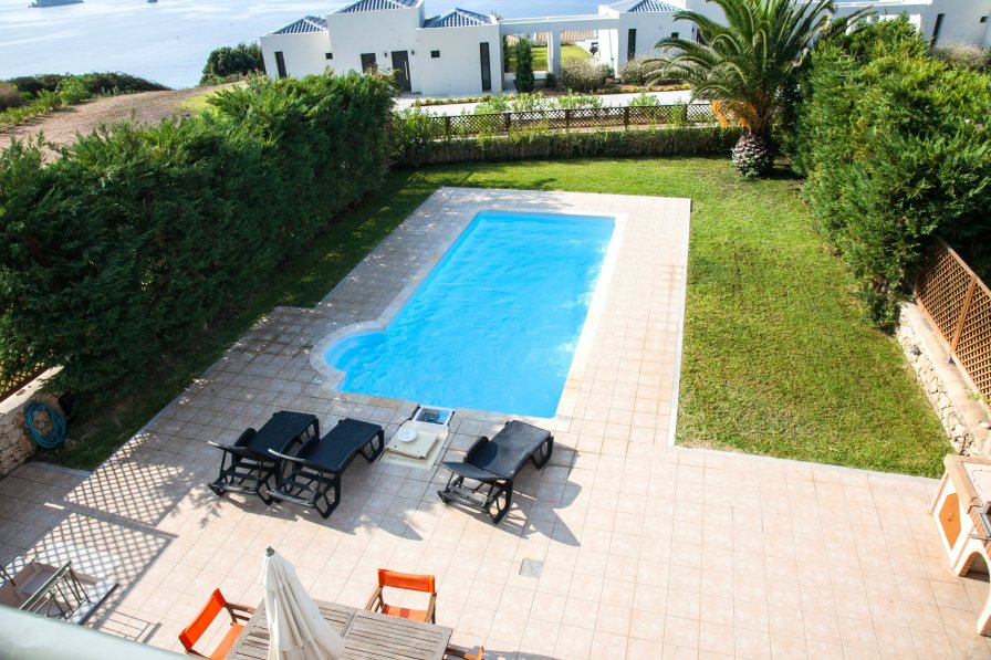 Villa in Greece, Svoronata
