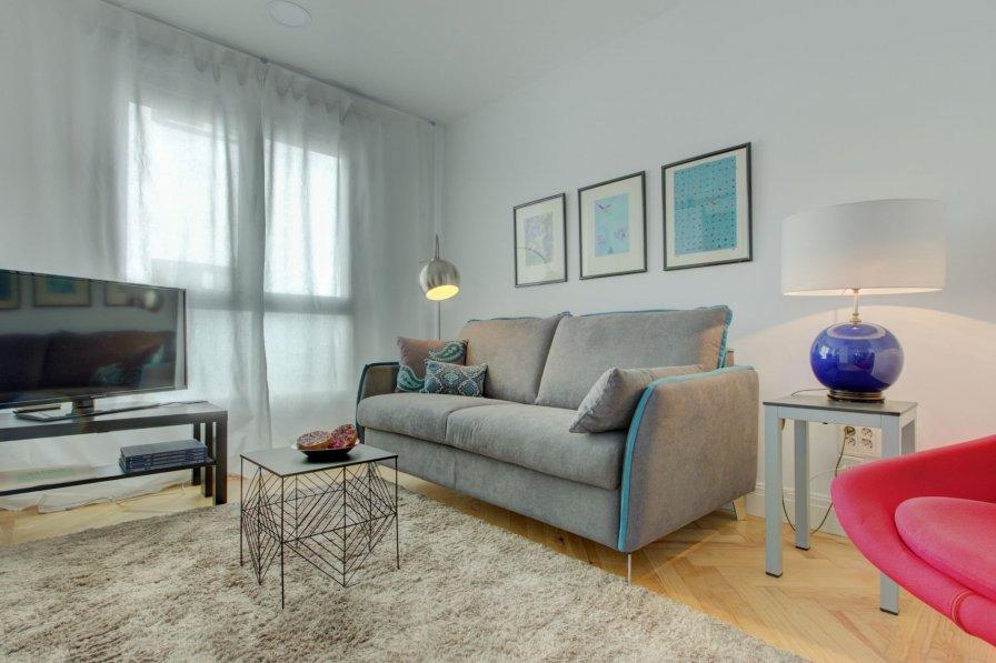 Apartment in Spain, Universidad