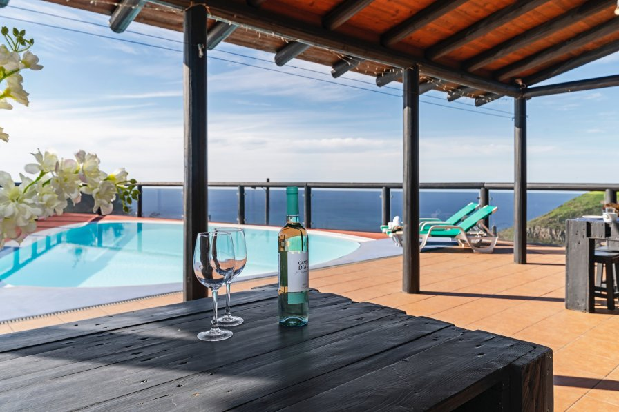 Holiday villa in Fajă da Ovelha, Madeira, with private pool