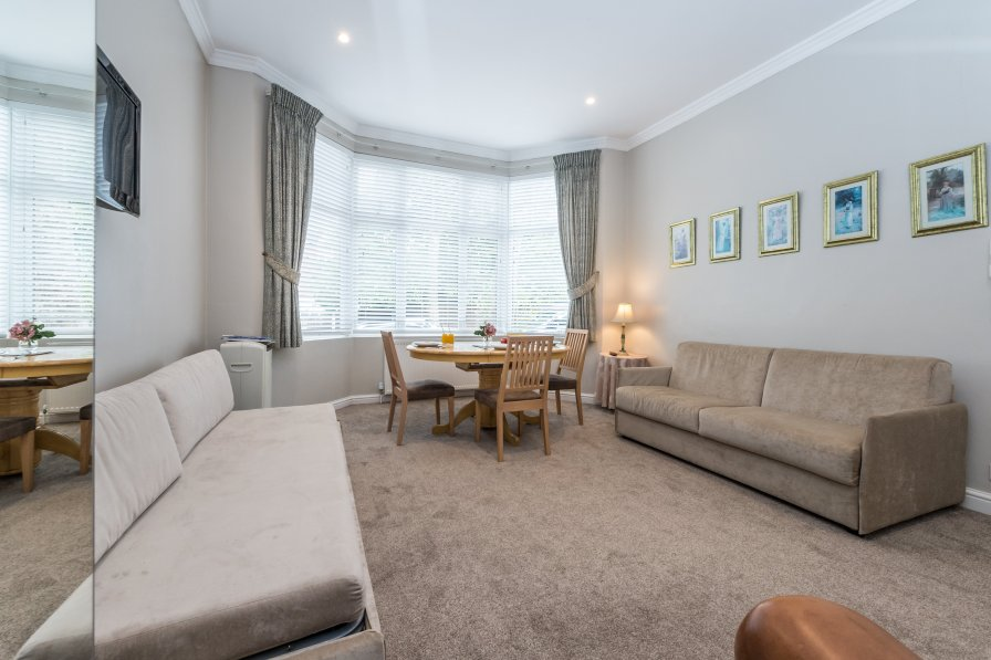 Apartment in United Kingdom, Brondesbury Park