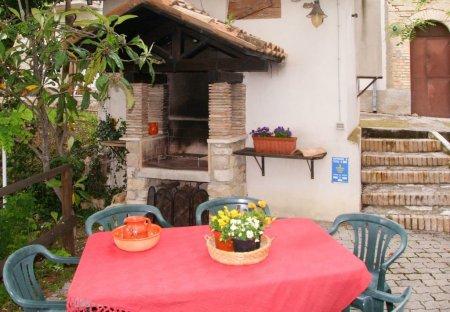 Villa in Aia di Rocco, Italy
