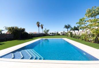 5 bedroom Villa for rent in Costa Adeje