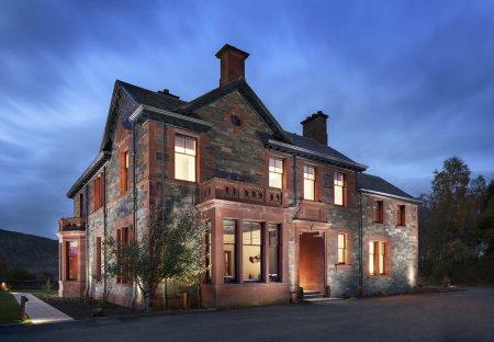 Chateau in Breadalbane, Scotland: Dun Aluinn house in Aberfeldy developed by Corryard.