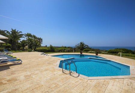 Villa in Vale Currais, Algarve