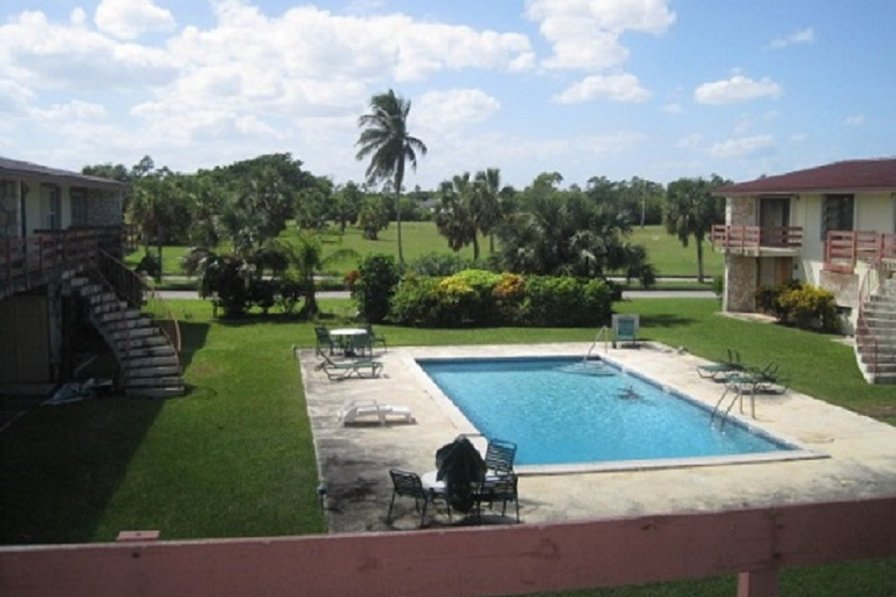 Apartment in Bahamas, Freeport