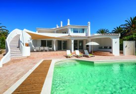 Villa in Alfanzina, Algarve