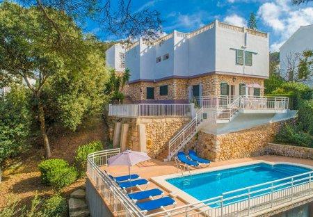 Villa in Cala Galdana, Menorca