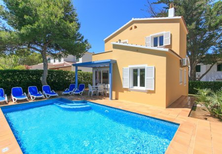 Villa in Cala Blanca, Menorca