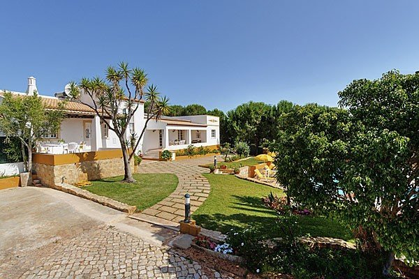 Villa in Portugal, Mosqueira
