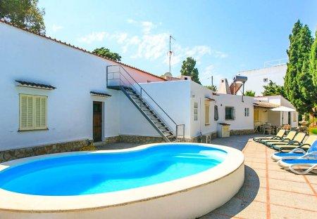Villa in Port d'Alcúdia, Majorca