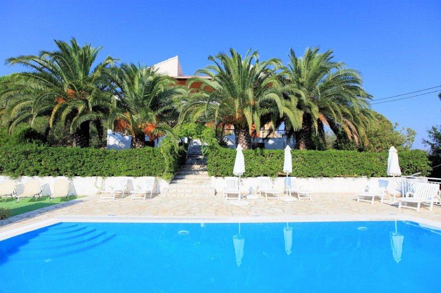 Apartment in Greece, Avlaki