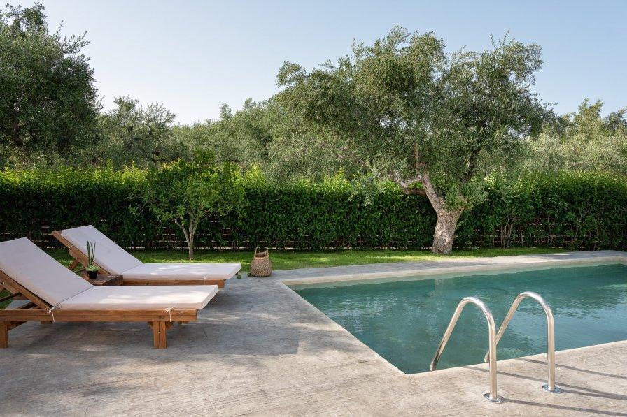 Villa in Greece, Galaro