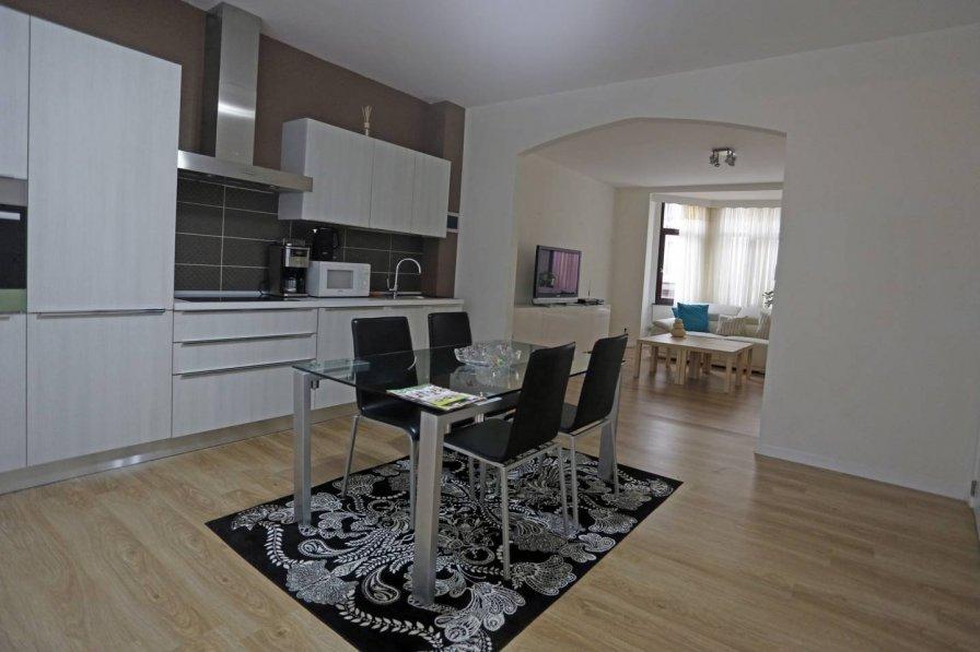 Apartment in France, Bas Montreuil Est 4