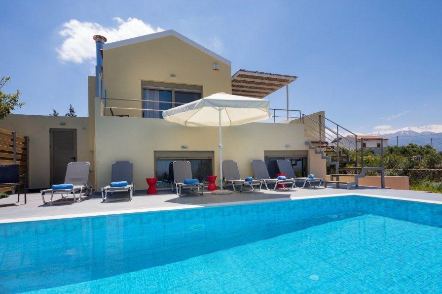 Villa in Greece, Vamos