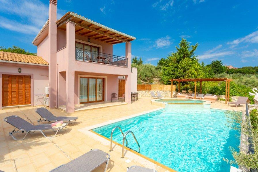 Villa in Greece, Spartochori