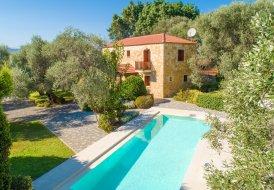 Villa in Tavronitis, Crete