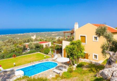 Villa in Maroulas, Crete