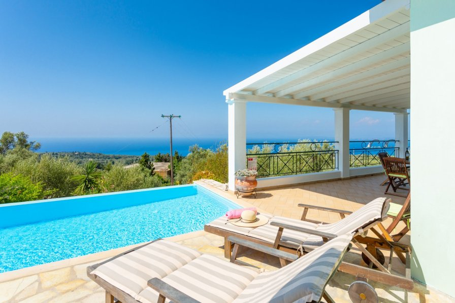 Villa in Greece, Tsoukalades