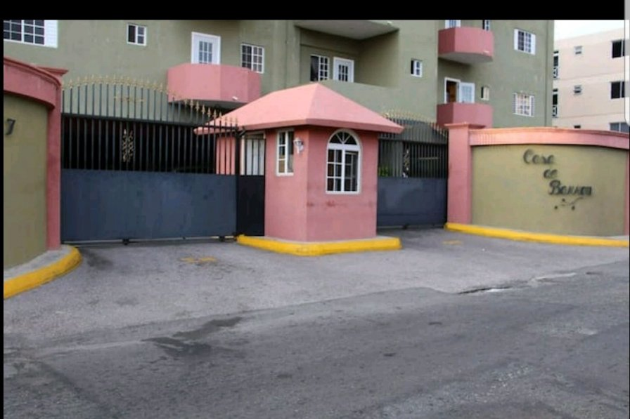 Unwind @ Exquisite Vacation Rental New Kingston (24hrs security)