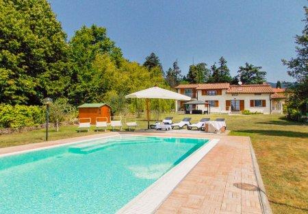 Villa in Grezzano, Italy