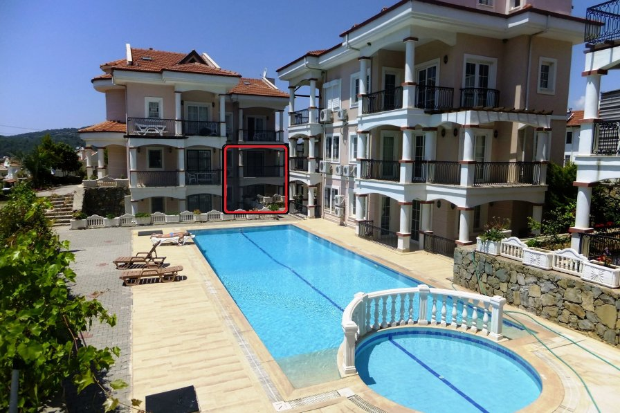 Azalea Apart D1 - 3 Bedrooms Apartment With Shared Pool & Garden