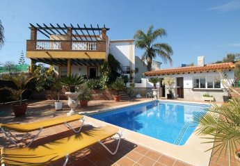 6 bedroom Villa for rent in Frigiliana