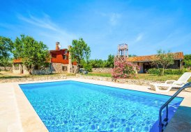 Villa in Kunj, Croatia