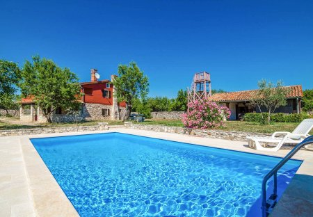Villa in Kunj, Croatia