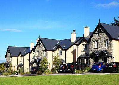 House in Ireland, Kenmare: External of the Ardmullen Homes