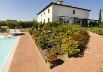 9 bedroom Villa for rent in Castiglion Fiorentino