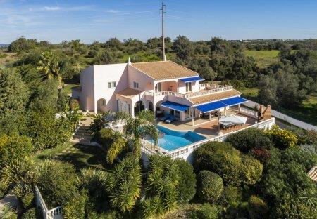 Villa in Estômbar, Algarve