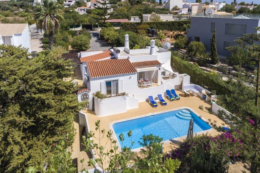 Villa To Rent In Carvoeiro Algarve With Private Pool 287750