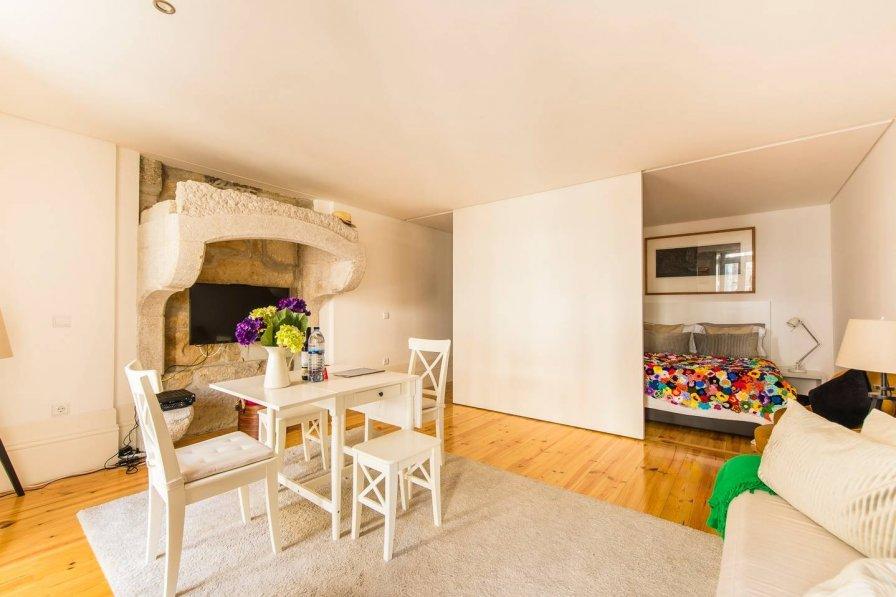 DA'Home - Almada Unique Apartment