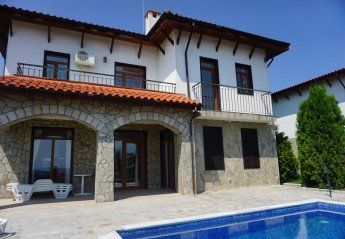5 bedroom Villa for rent in Kosharitsa
