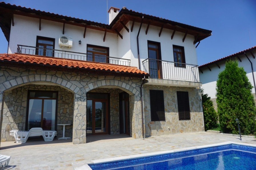 Owners abroad 5 bedrooms / Sleeps 10 -Villa Kalina, Kosharitsa near Sunny Beach