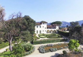 5 bedroom Chateau for rent in Florence