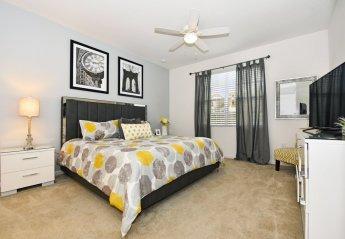 10 bedroom Villa for rent in Davenport