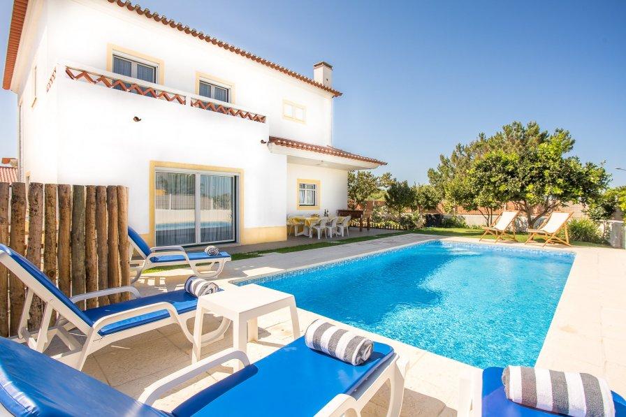 Villa in Portugal, Possanco